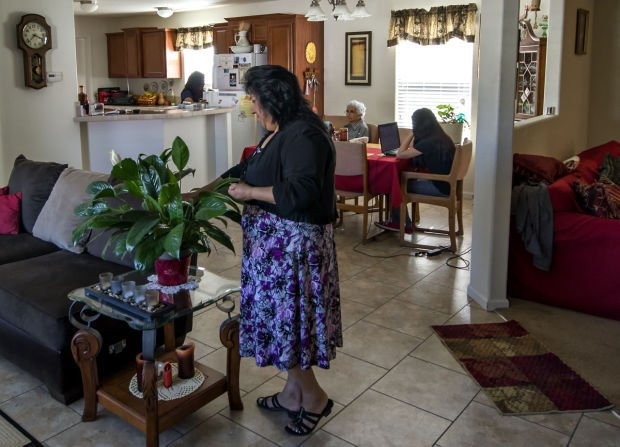 Tucsons Aging Mobile Homes Problems Run Deep But Solutions Do