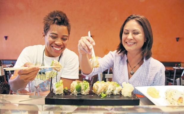 Sushi Chefs Work In Rare World Tucson Restaurant News Tucsoncom