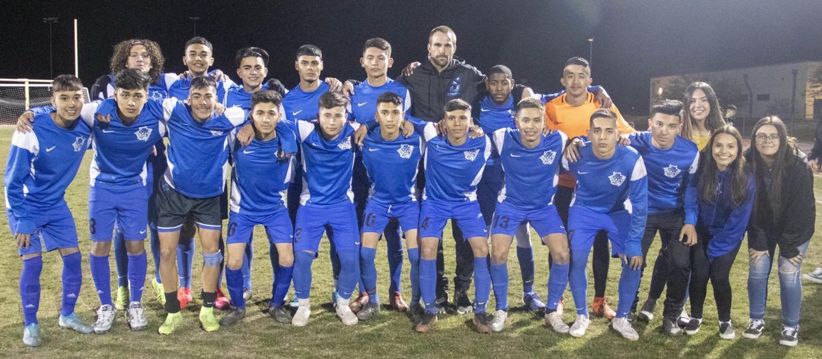 Sociales soccer Sunnyside