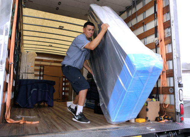 Photos Sam Levitz Delivers Beds To Those In Need Local