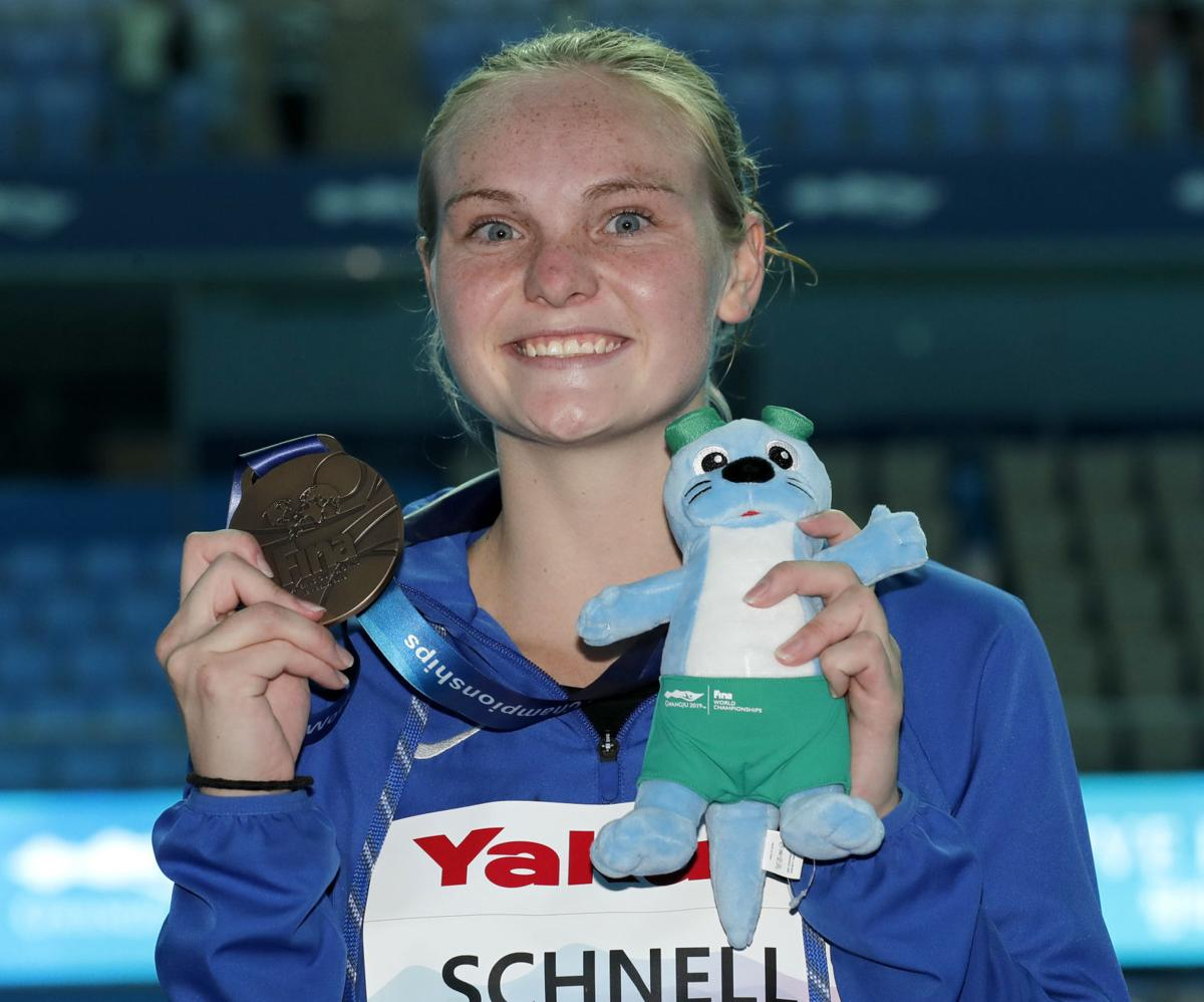 Tucson's Delaney Schnell takes bronze, snaps Americans' drought at World Diving Championships
