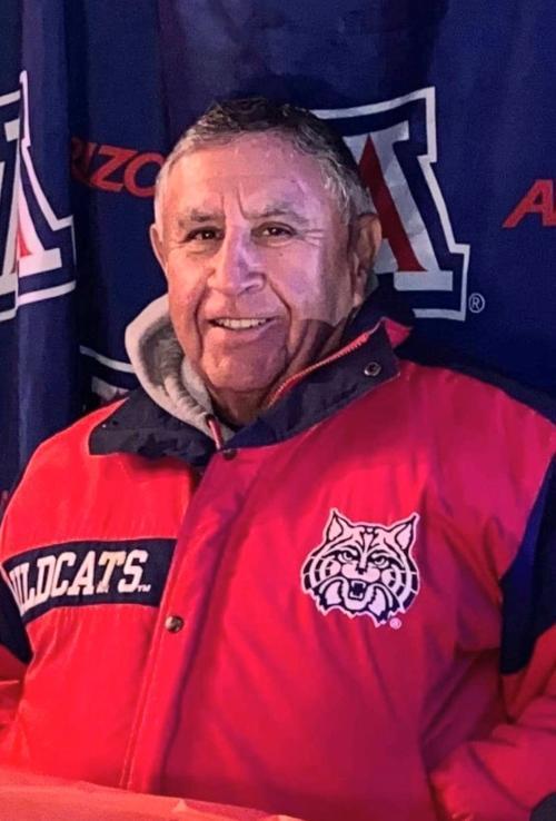 Frank Amparano (LE)