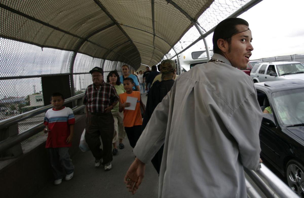 Escorts El Paso Tx >> Battle At The Border Border Tucson Com