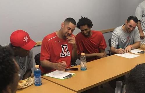 Salim Stoudamire returns to Tucson to catch up with 'Coach O,' coach up fantasy campers