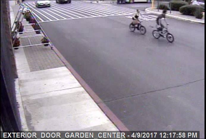 Marana police looking for pair who stole kids' bikes at
