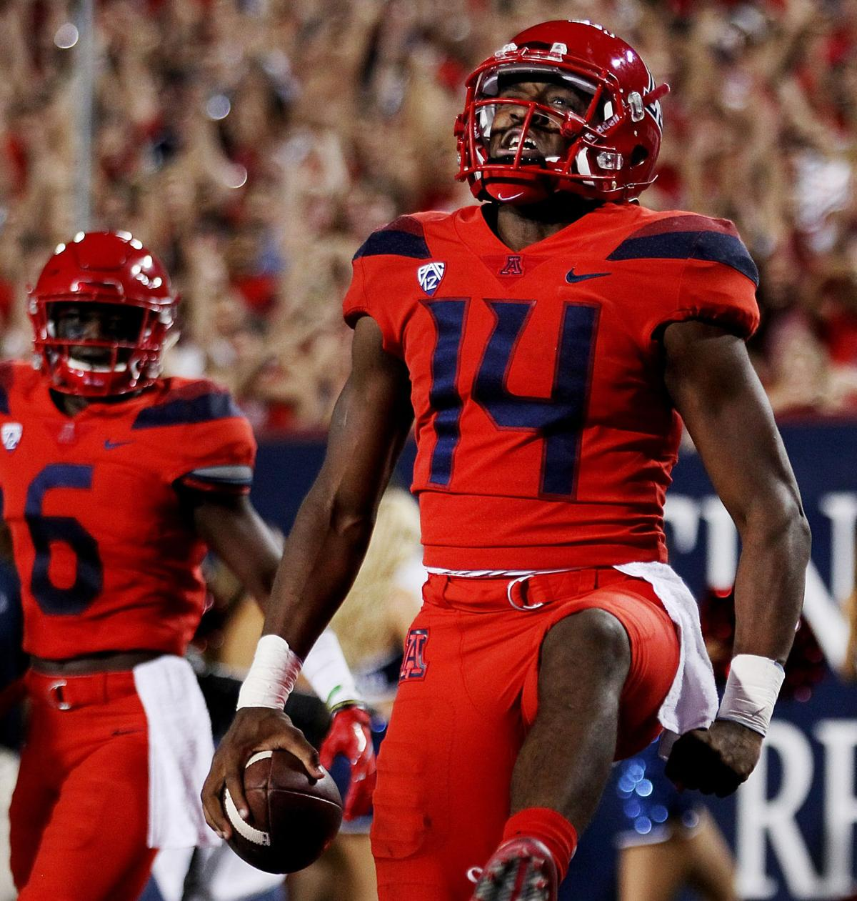 Virtual reality  Arizona Wildcats QB Khalil Tate has worked his way into  the Heisman Trophy conversation  c02561160