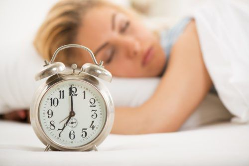 7 Ways To Make Daylight Saving Time Easier On Your Body