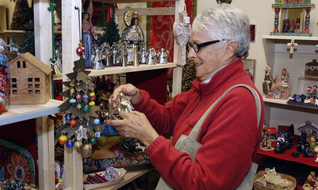 Un Association Center Defines Shopping For A Cause Local News