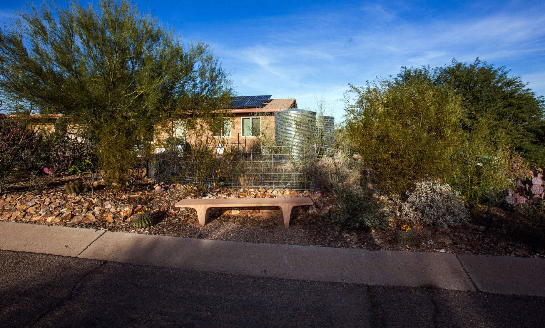 How one man lives off water grid in Tucson | Home + Life + Health ...