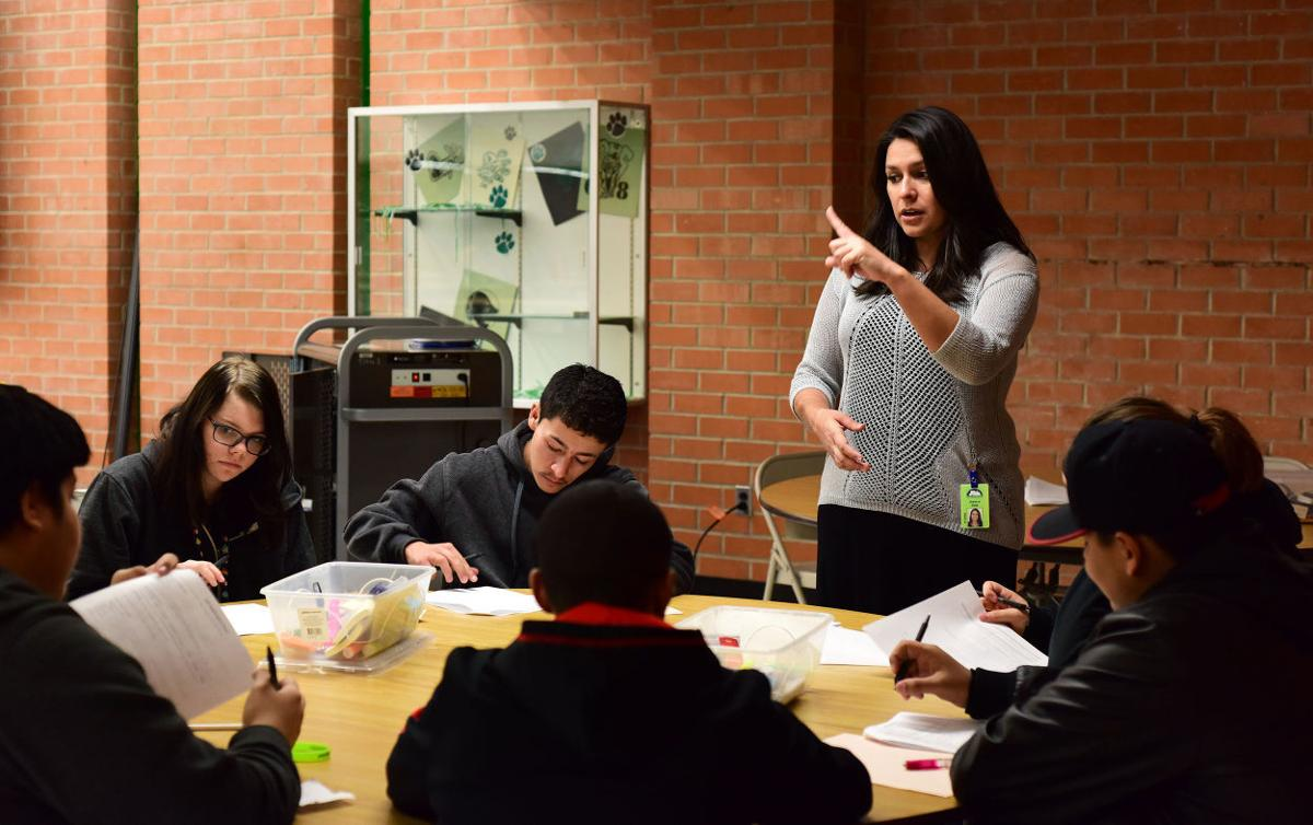 Amphi High Students Prepare For College Jobs