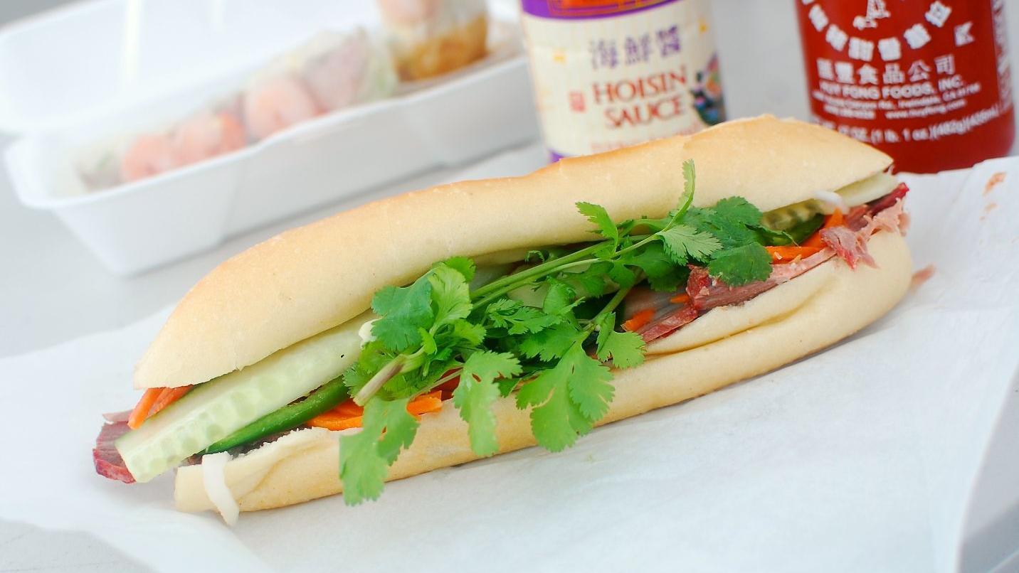 Banh mi sandwich at Nhu Lan food truck