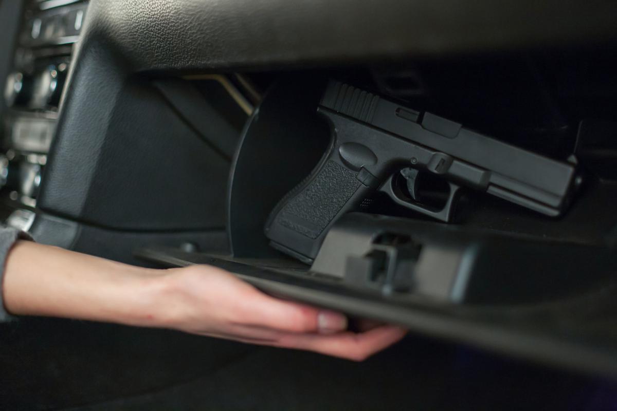 guns in cars