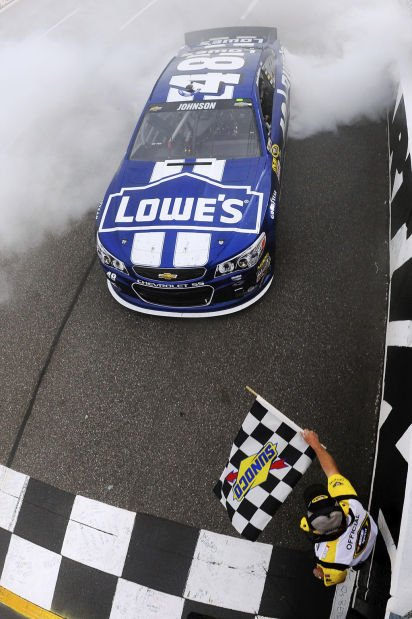 Auto racing: Johnson pulls away for 8th win at Martinsville