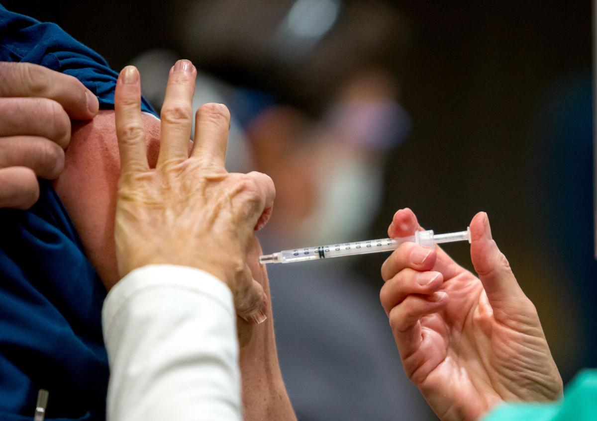 Arizona raises vaccination priority for those at least 75 years old