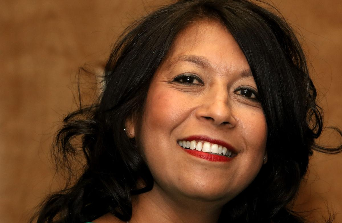 Melissa Santa Cruz