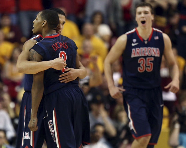 Arizona basketball notebook: Lyons dominates in initial ASU battle