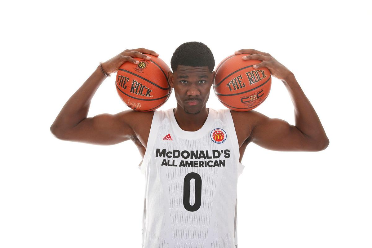 1a8ac2d1da1 Power forward Deandre Ayton committed to the Wildcats in September 2016  over Kansas and Kentucky.