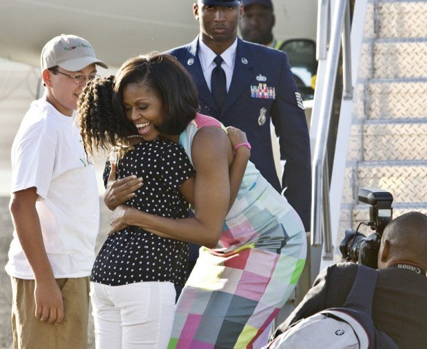 First lady, at fundraiser, touts 'special' Tucson tie