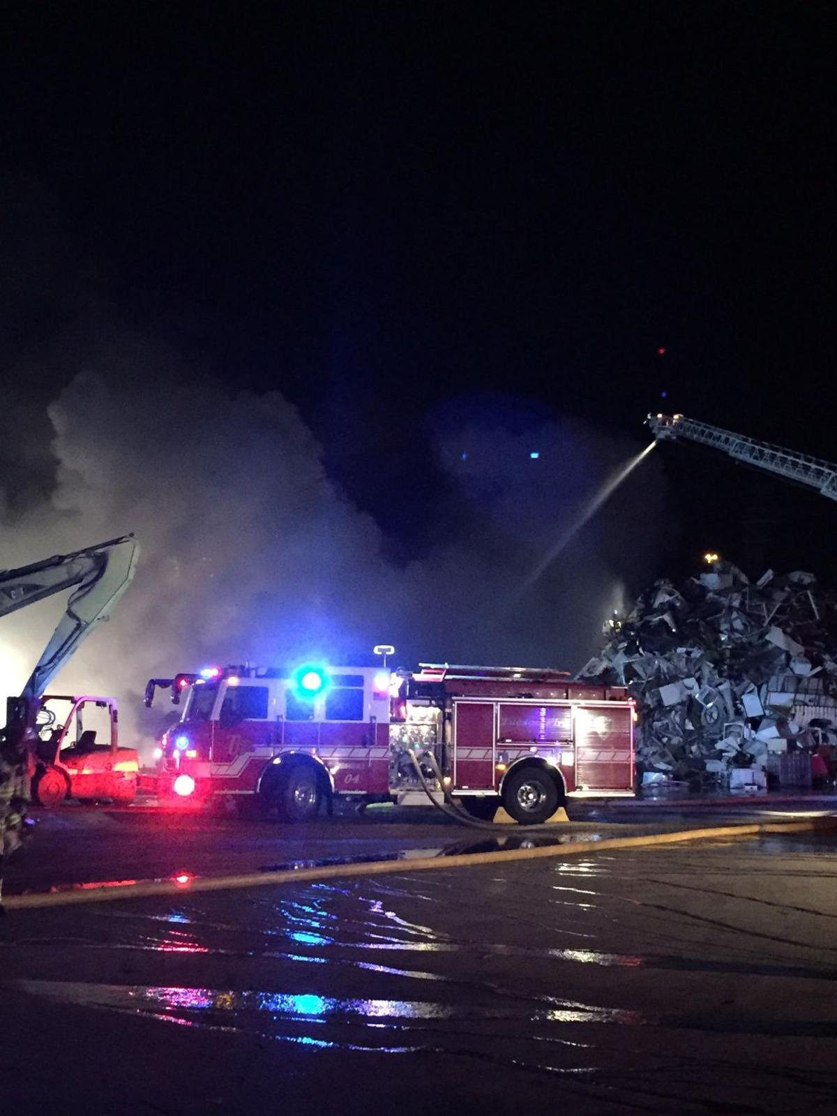 News 4 Tucson >> Tucson firefighters battle metal recycling plant fire ...