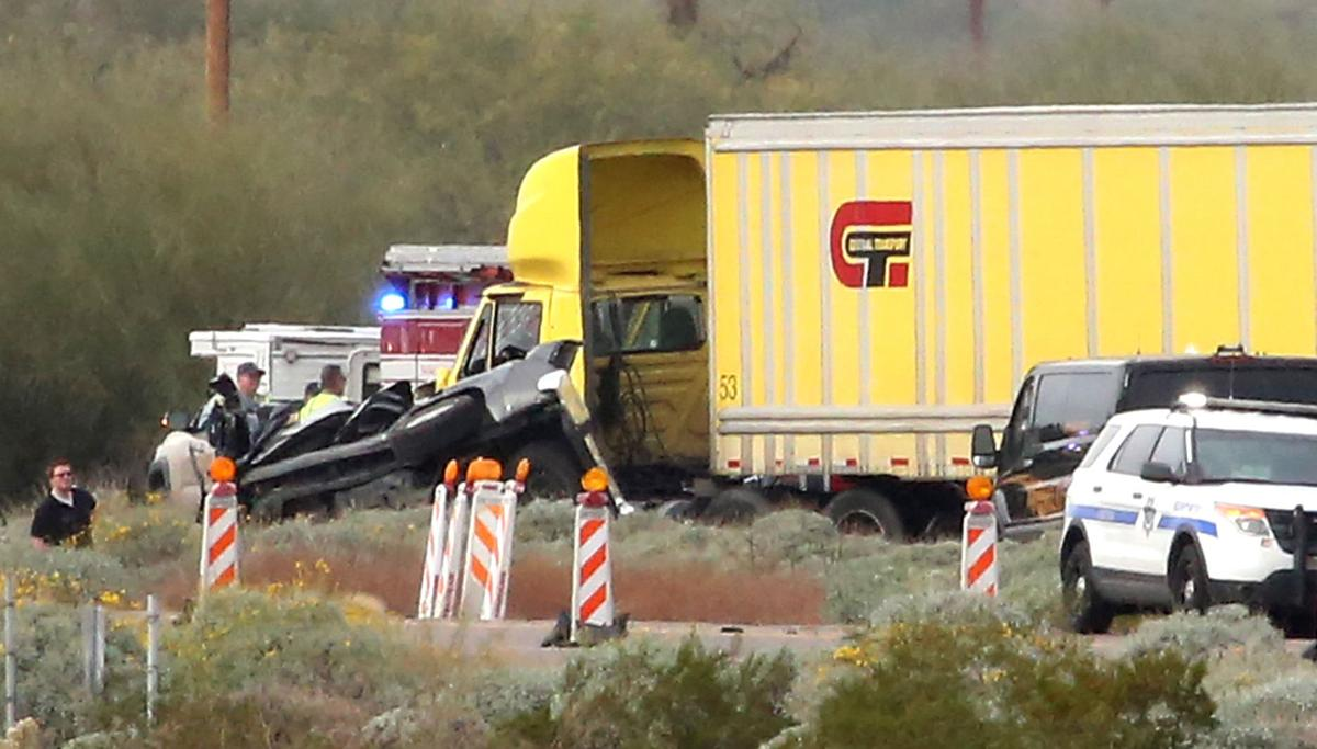 4 killed, 4 injured in big chain-reaction crash on I-10 northwest of