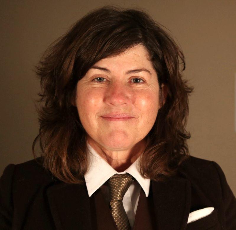 Vicki B. Gaubeca