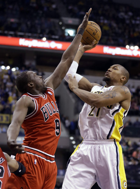 NBA: Pacers top Chicago to share Central lead