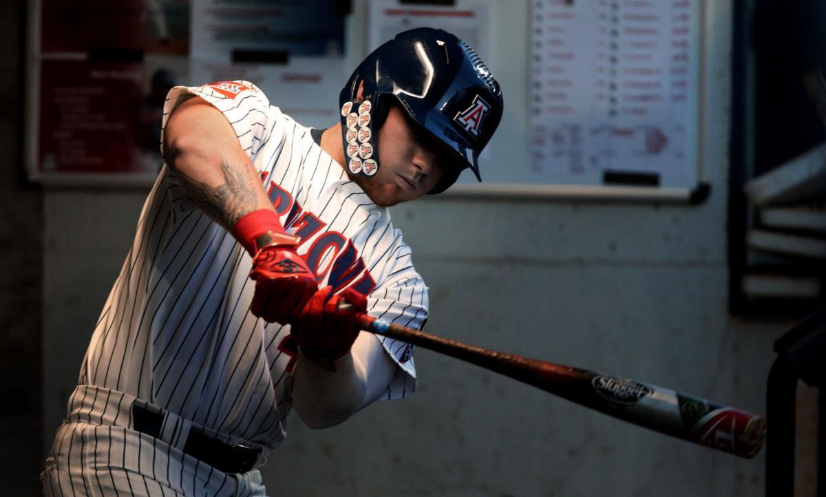 031719-spt-ua baseball-p11.jpg