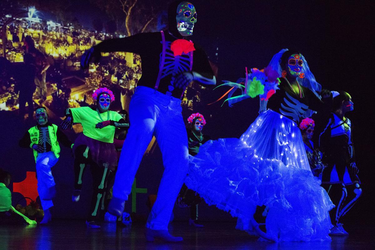 Viva Performing Arts Día de los Muertos