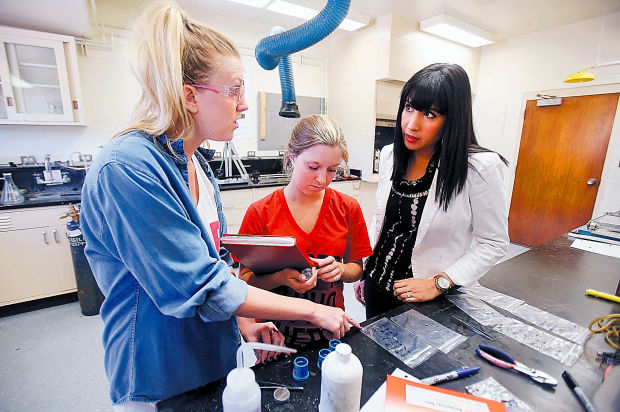 Gender bias still strong in science, engineering fields; parity at University of Arizona proves elusive