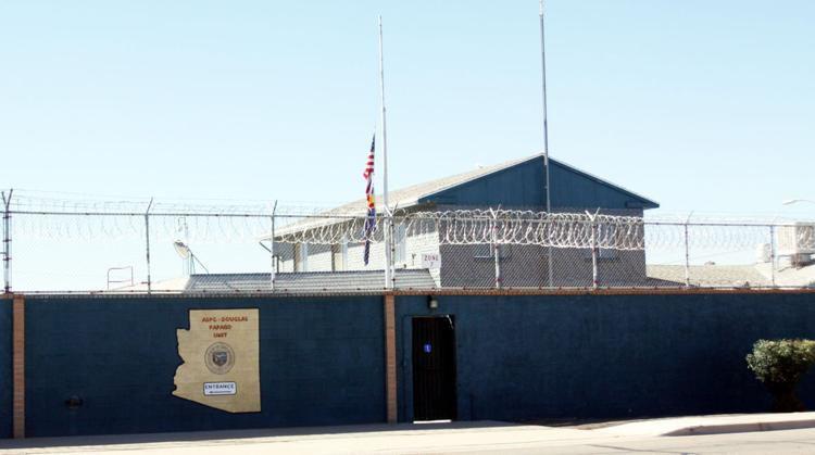 Douglas prisión (LE)