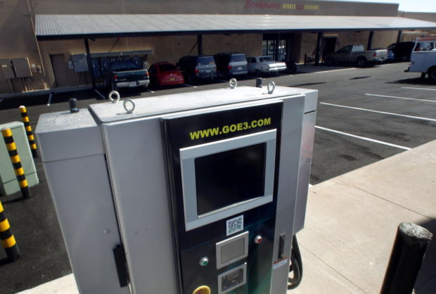 Electric vehicles touted in AZ on Plug In weekend