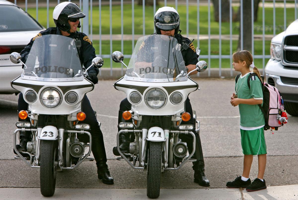 Roadrunner: Undercover deputies crackdown on Tucson school zone violations
