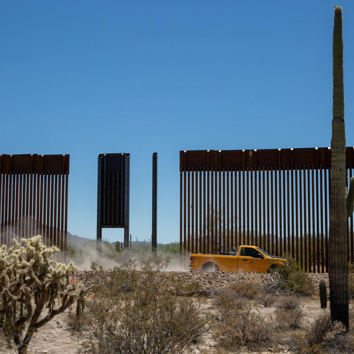 Activists Near Tucson Santa Fe Mark Indigenous Peoples Day Arizona And Regional News Tucson Com