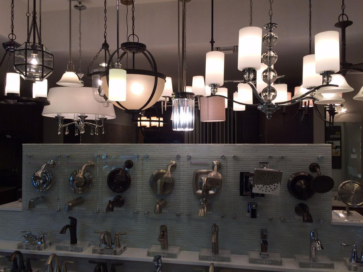 From lighting fixtures to faucets the kb home design studio lets homebuyers customize their new house