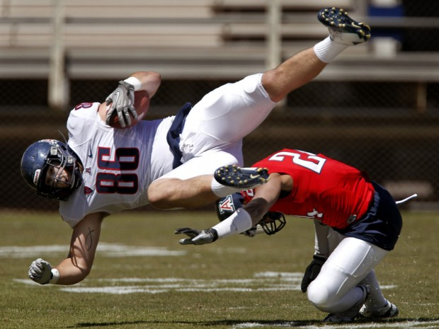 Notebook: Tight end Baucus now at tackle