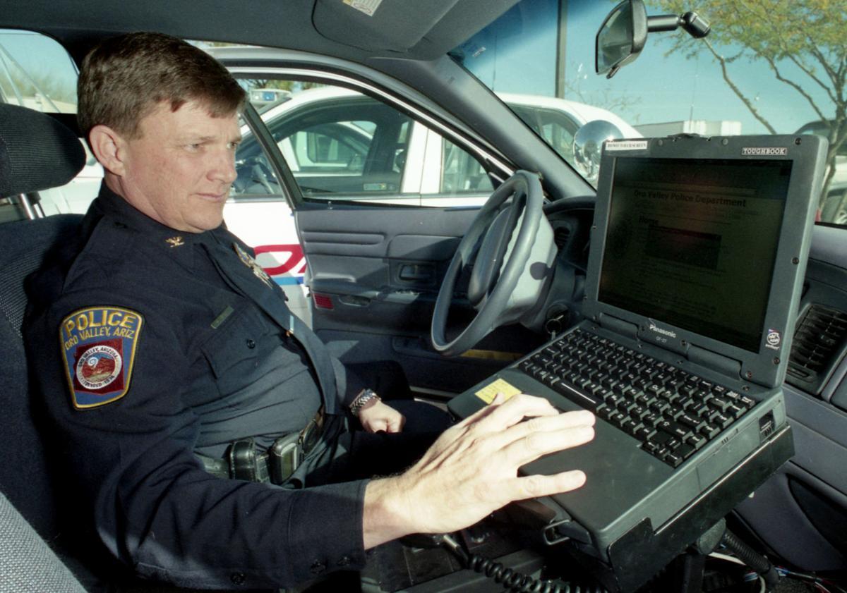 Oro Valley Police Chief Daniel Sharp in 2000