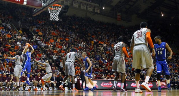 College: Curry's 5 three-pointers lead No. 6 Duke past Virginia Tech