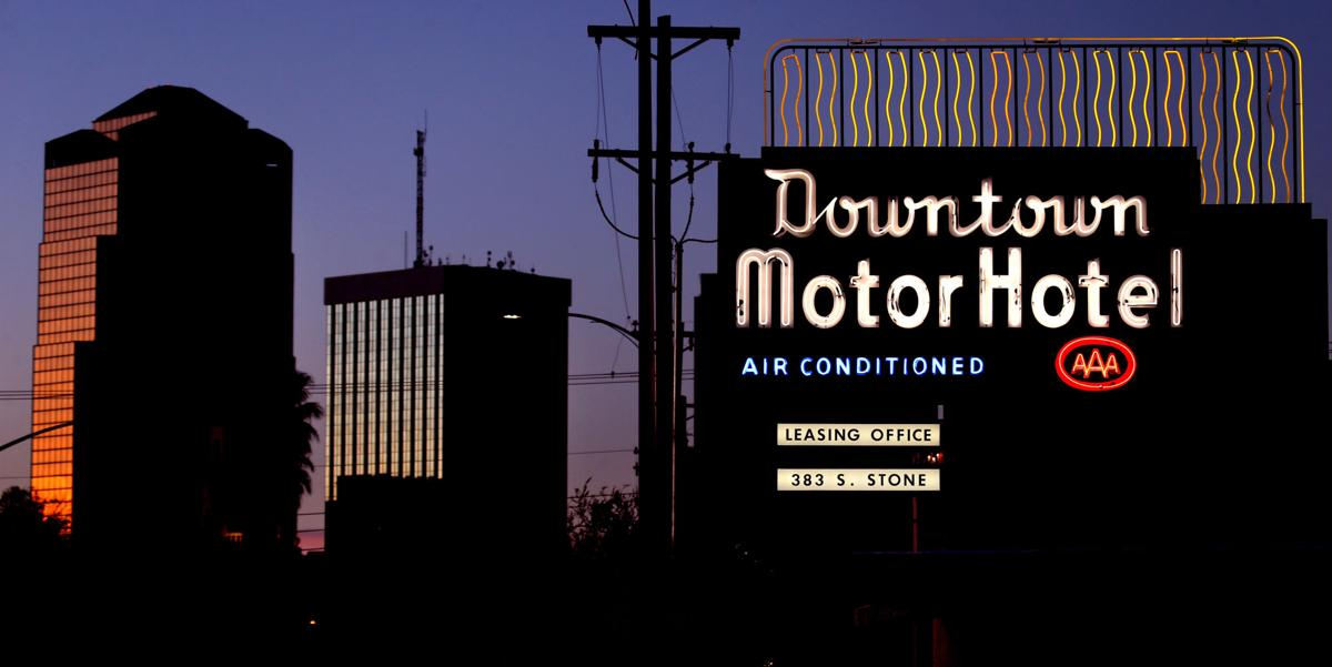 Downtown Motor Hotel