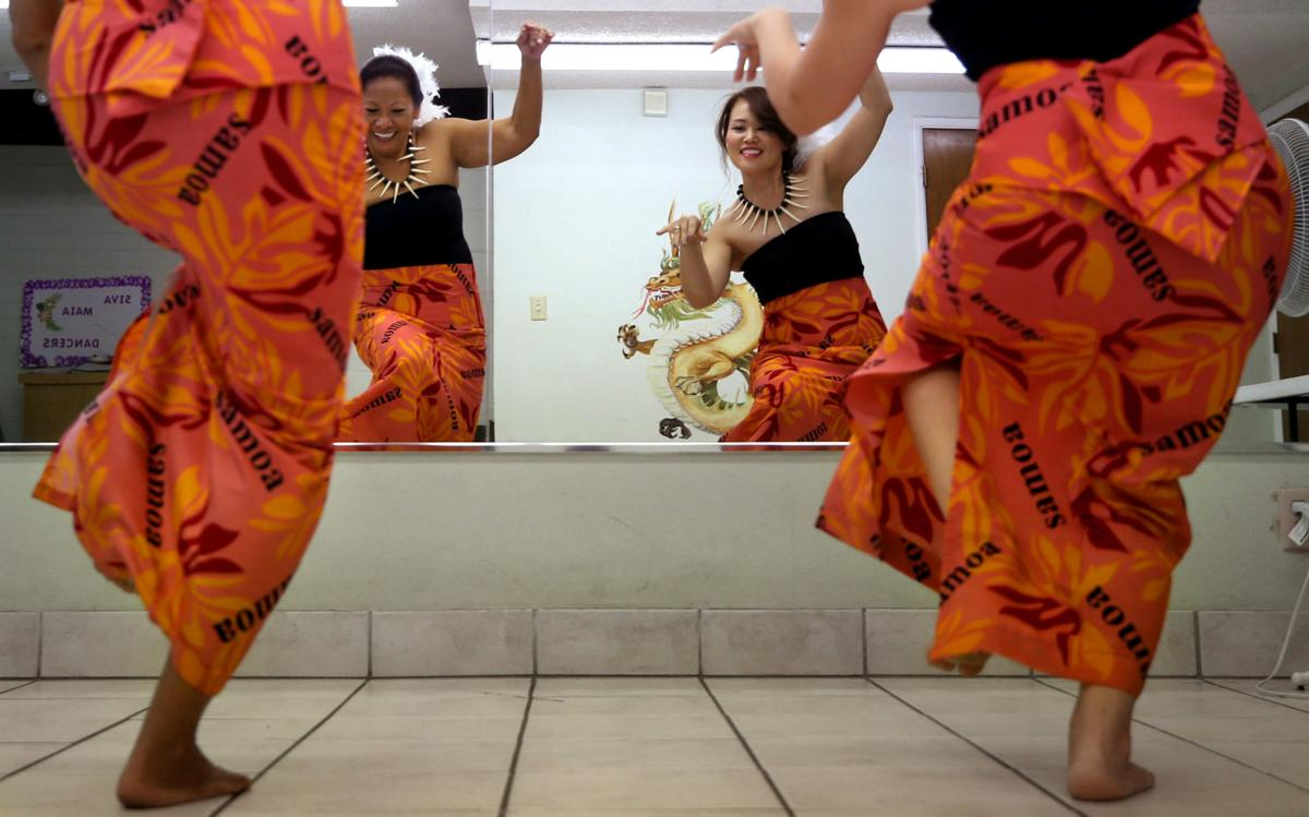 Siva Maia Polynesian Dancers