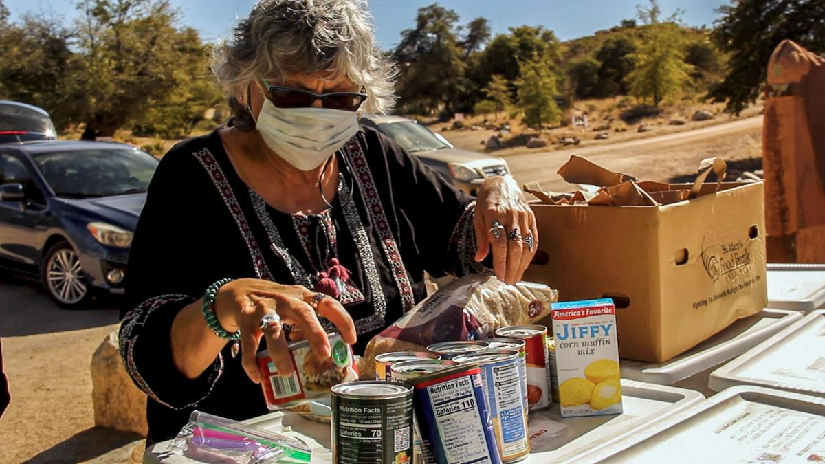 Oracle, South Tucson neighborhoods fight hunger with free pantry movement