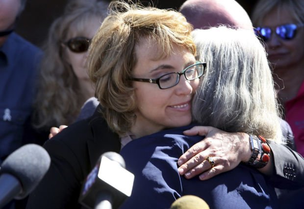 Giffords named recipient of JFK award for courage