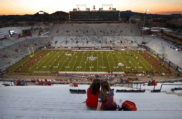 Arizona vs. Washington college football