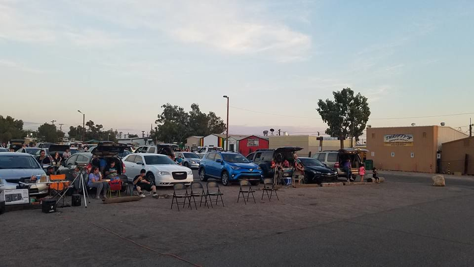 Watch Days Of Thunder At Tucson S Pop Up Drive In Theater This Thursday Caliente Tucson Com