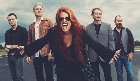 Wynonna & Big Noise