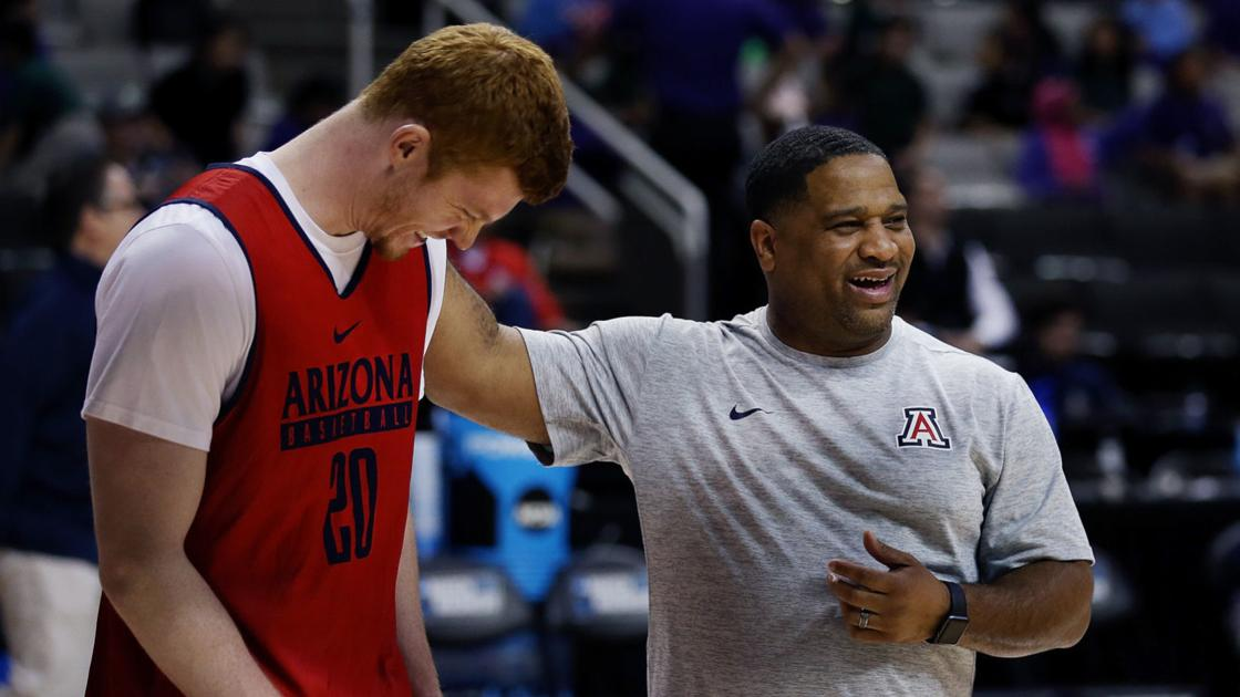 Former Arizona assistant coach Book Richardson joins basketball media/scouting service