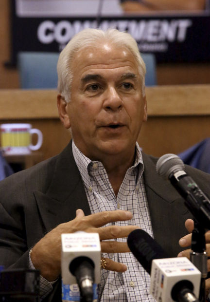 Tucson Unified's departing leader, Pedicone, to chat online today