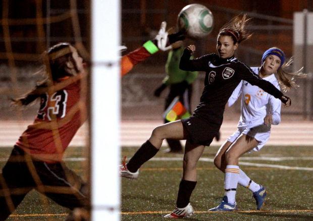 Girls soccer: Mustangs offense Taylor-made