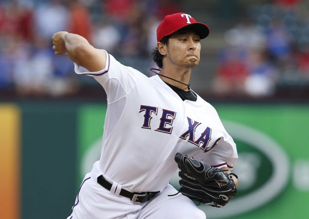 Game of the Day: Rangers 10, Tigers 4: Texas rocks Verlander; Darvish settles for win