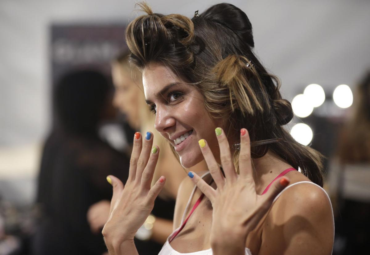 Valentina Ferrer: Photos: Bikini Trade Show