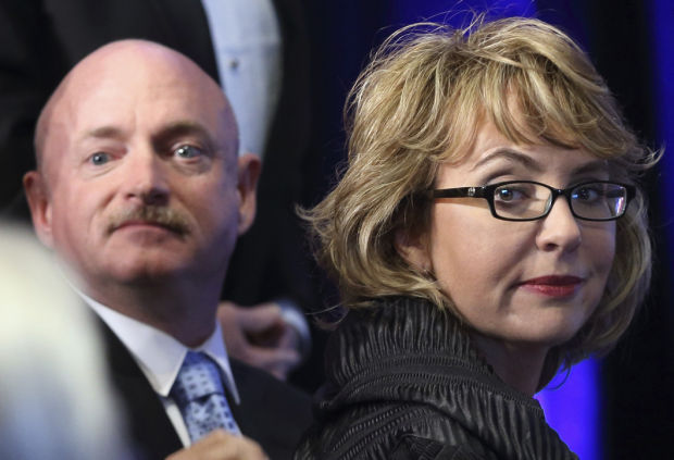 Giffords and Kelly, along with Tucson community, react to ...
